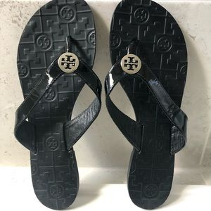 Tory Burch Thora Black Patent Sandals - Size 9